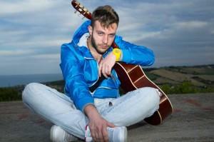 Francesco_Mircoli_chitarra_cielo