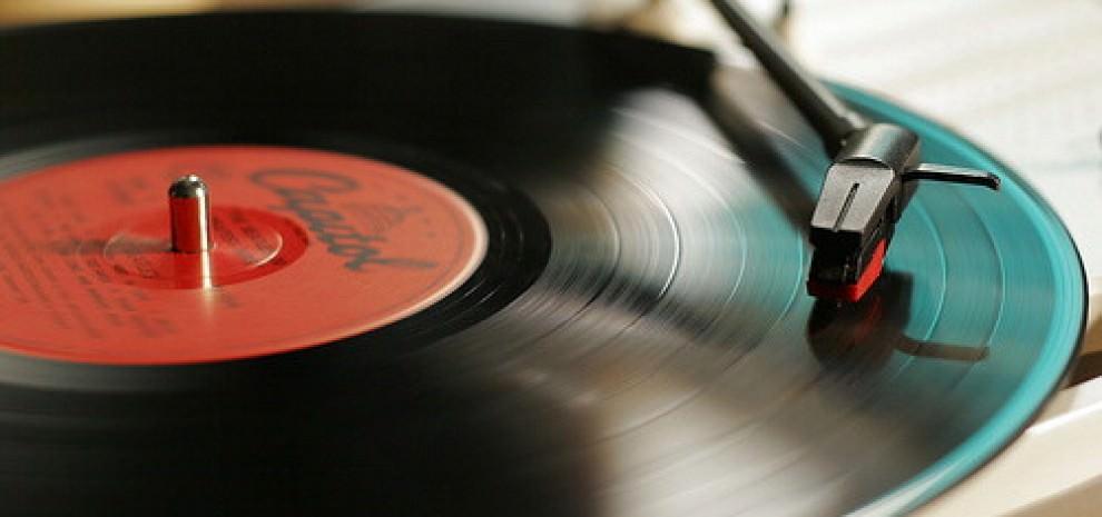 """Record Store Day, le star unite: """"Difendiamo i negozi di dischi"""""""